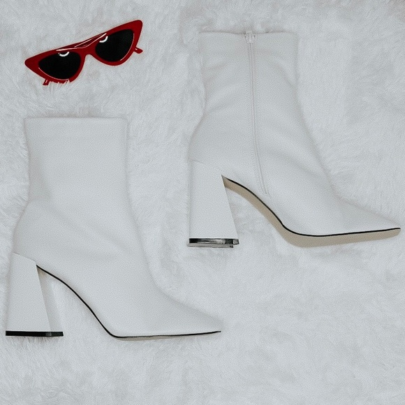 Boohoo Shoes | White Ankle Boots | Poshmark